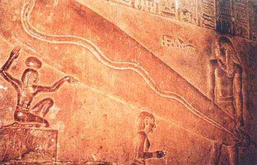 O uso de lâmpadas elétricas explicaria o brilho constante do Farol de Alexandria e como eram feitos os interiores das pirâmides.
