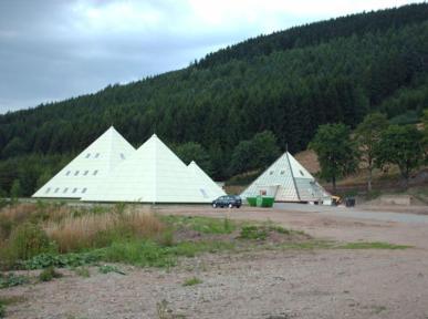 piramide_sauerland_lennestadt_alemanha