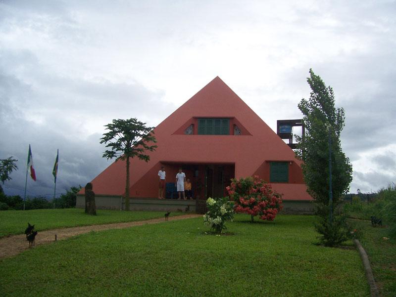 CasaPiramidalMartinello17