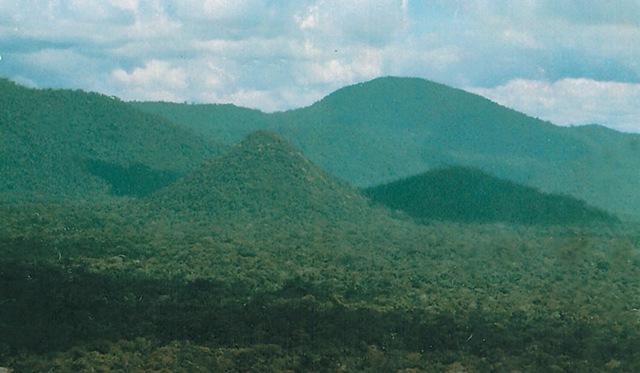 Pirâmides Amazonas[6]
