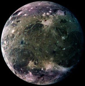 Ganimedes, a maior lua de Júpiter