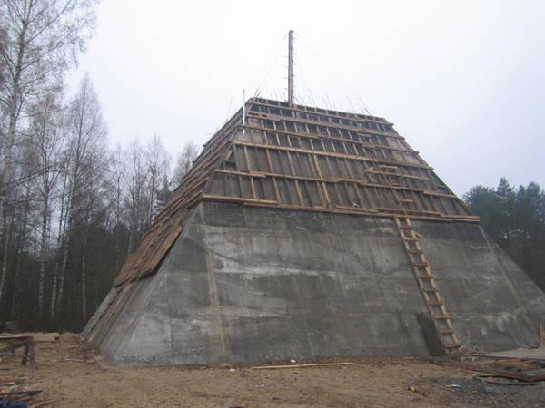 piramide russa 12