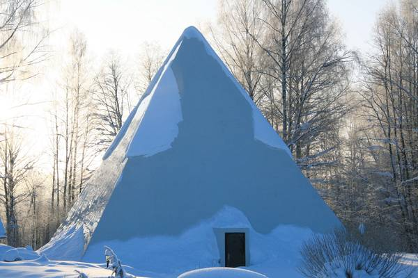 piramide russa 23