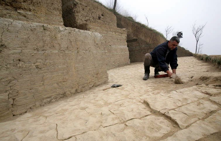 Escavações da Pirâmide do Sol, na Bósnia.