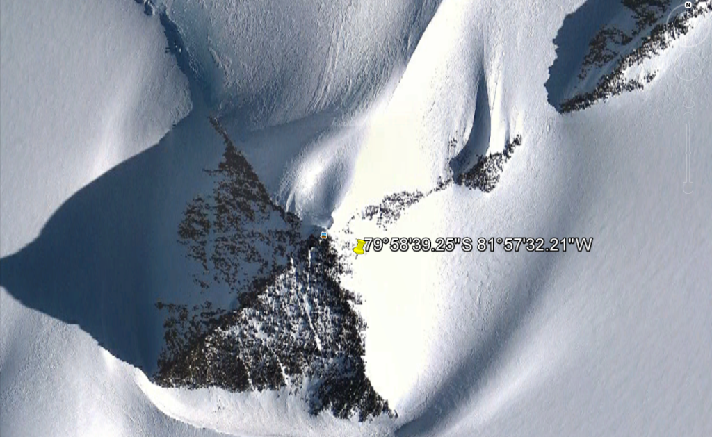 piramide antartica google earth